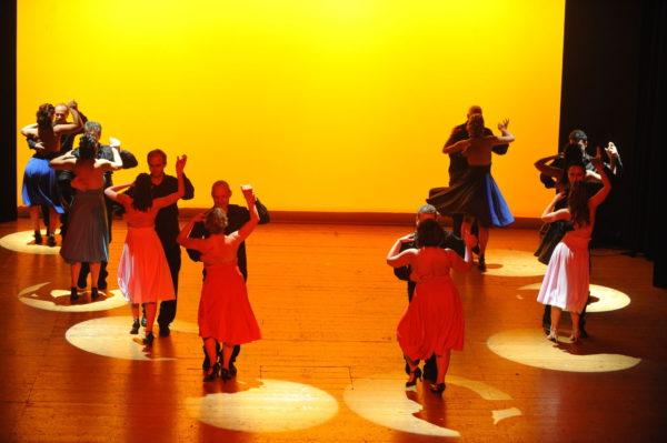 coreografia del gruppo intermedio di cubana