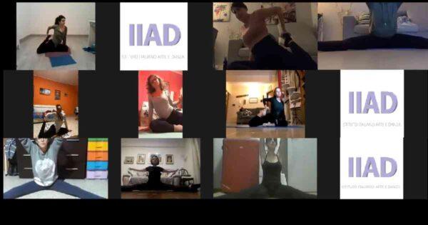 La lezione di ginnastica pilates online del corso degli adulti pomerdiano. 11 allieve e la docente